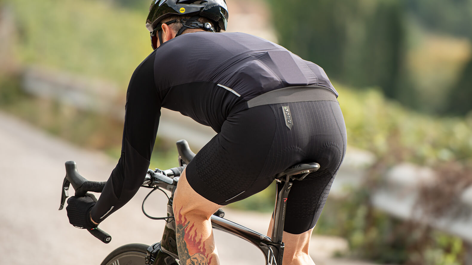 Cycling Padded Shorts Comfortable Tight Padding Underwear Gel Quick-Drying Cool
