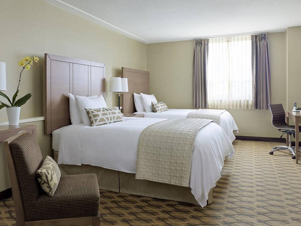 Delta-Hotels